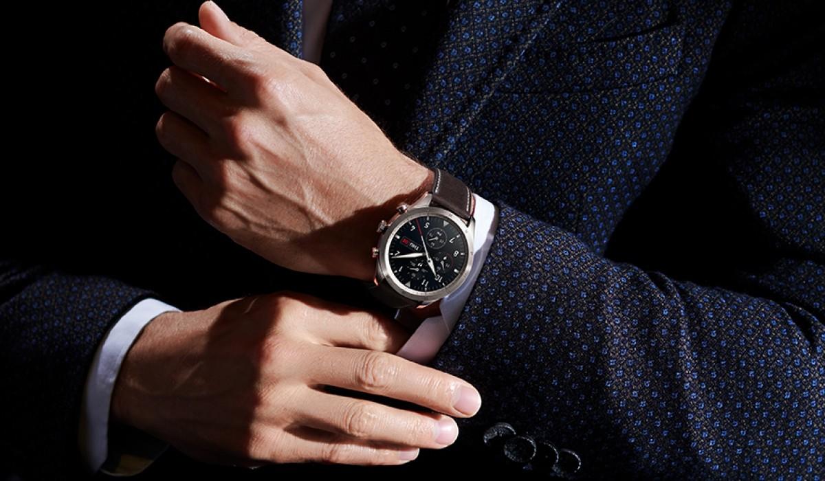 Zepp Z smartwatch estilo clásico